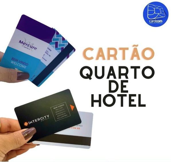 Cartão quarto de hotel