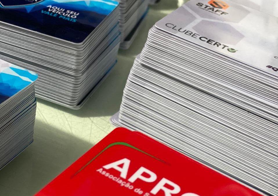 Cartões de identificação pessoal em pvc